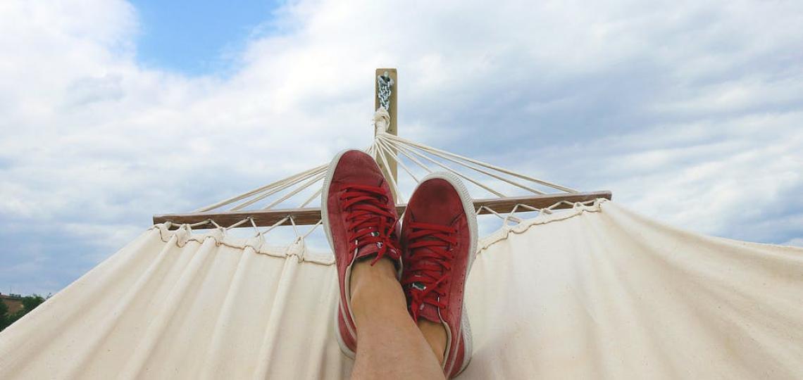 relaxing-hammock-photo