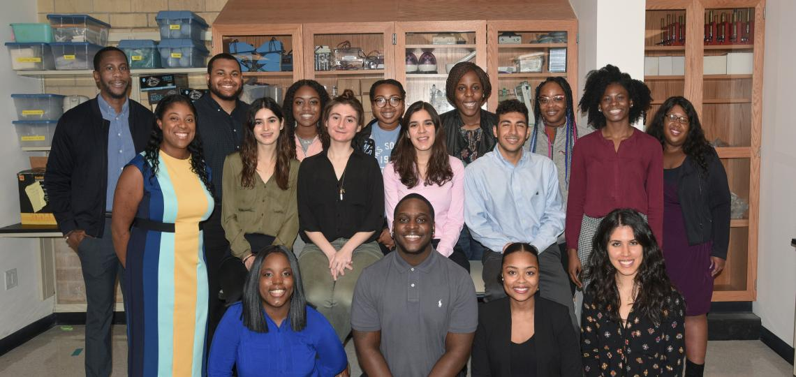 Group photo of the 2018-2019 Center of Excellence in Health Equity, Training and Research TPP Scholars (undergraduate and post-baccalaureate students).