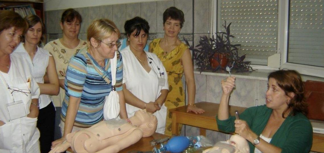 Dr. Heather Crouse (PEM – GH fellow, 2005 – 2009; current faculty) teaching pediatric emergency skills in Romania