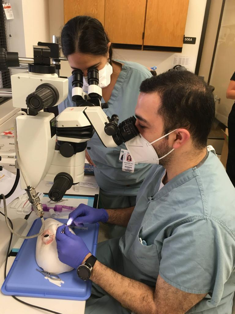 Cataract surgical wet lab – 1:1 faculty-to-resident ratio