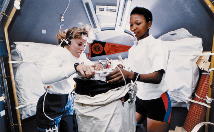 Astronauts Dr. N. Jan Davis (left) and Dr. Mae C. Jemison (right) aboard NASA's STS-47 mission in 1992.