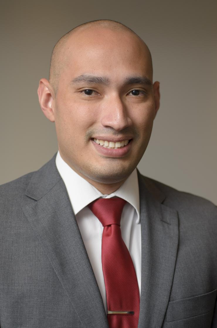 Dr. Rodrigo Zea Vera