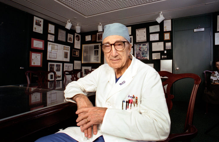 Through the 1990s Dr. Michael E. DeBakey DeBakey continued to participate in telemedicine conferences and analyze statistics on the causes of atherosclerosis.