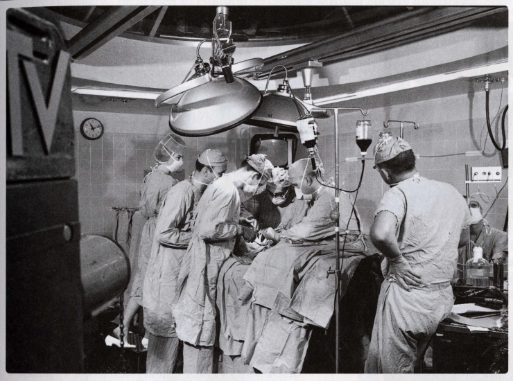 DeBakey pioneered the field of telemedicine with the first demonstration of open-heart surgery to be transmitted overseas by satellite.