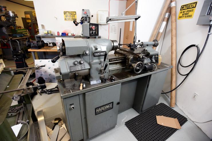 Hardinge Super-Precision Manual Lathe