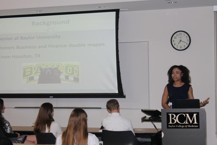 Hayley Leonard gives a presentation about her experience as a Summer Surgery Student.