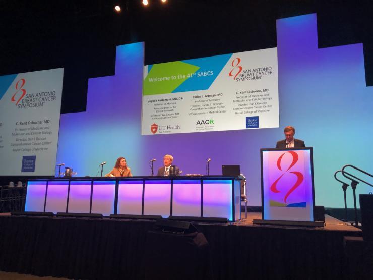 Dr. Kent Osborne giving opening remarks at SABCS.