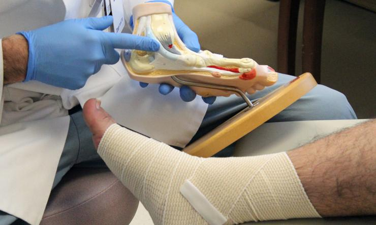 Clinical management of threatened limbs and amputation
