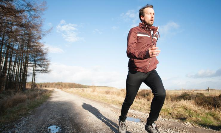 When the weather outside is frightful, it doesn't stop fitness enthusiasts from outdoor workouts. Dr. Theodore Shybut has important tips for your cold weather workout gear.