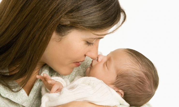 Mother's milk influences neonatal rotavirus infection